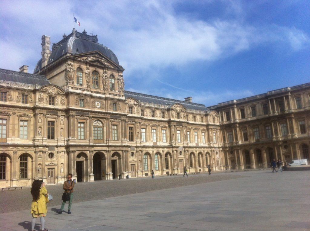 Un hôtel pour une semaine à Paris 6