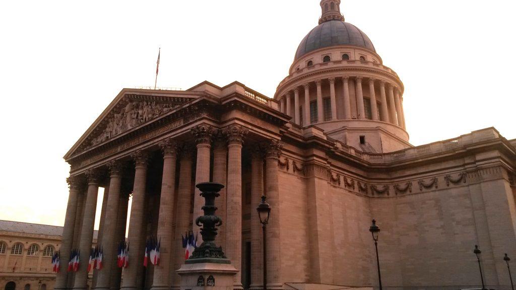 Visit Paris Left bank in 1 Day